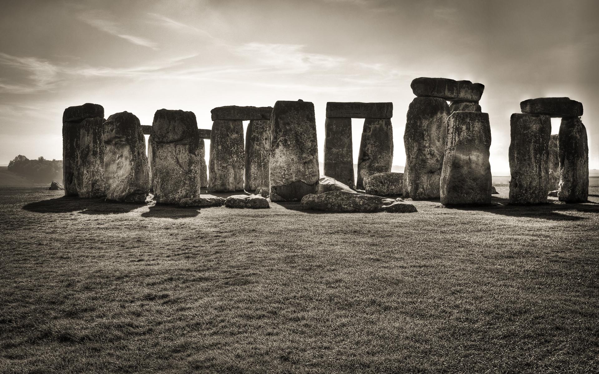 02742_stonehenge_1920x1200.jpg