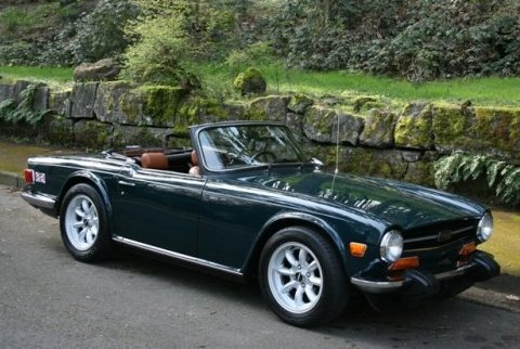 1974_Triumph_TR6_Roadster_Front_1.jpg