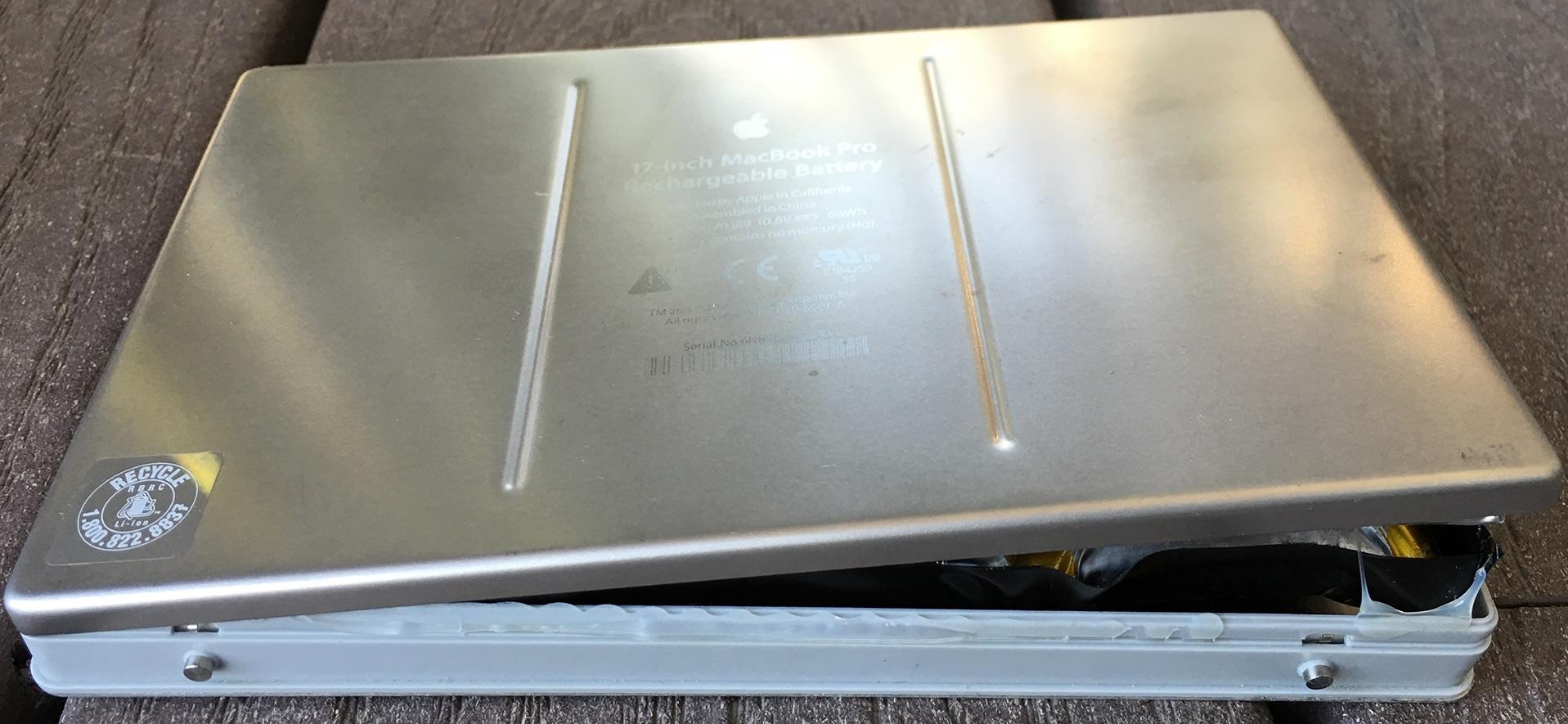 2007-MBP-Bulging-Battery.jpg