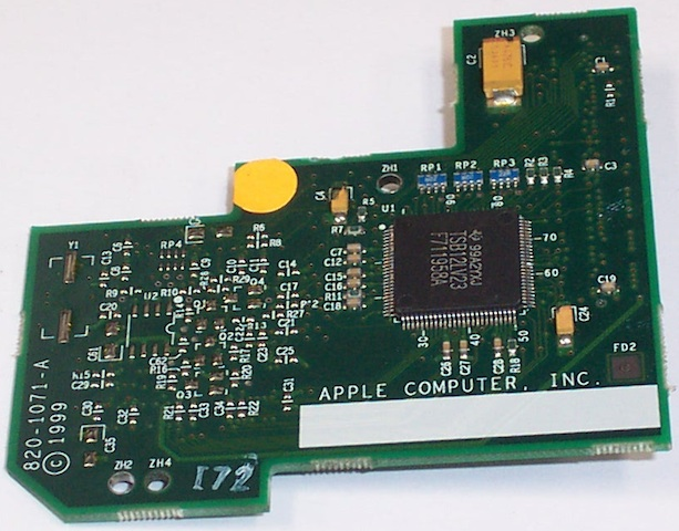 820-1071-A FireWire Daughter Board Early Slot iMac G3 crop640.jpg