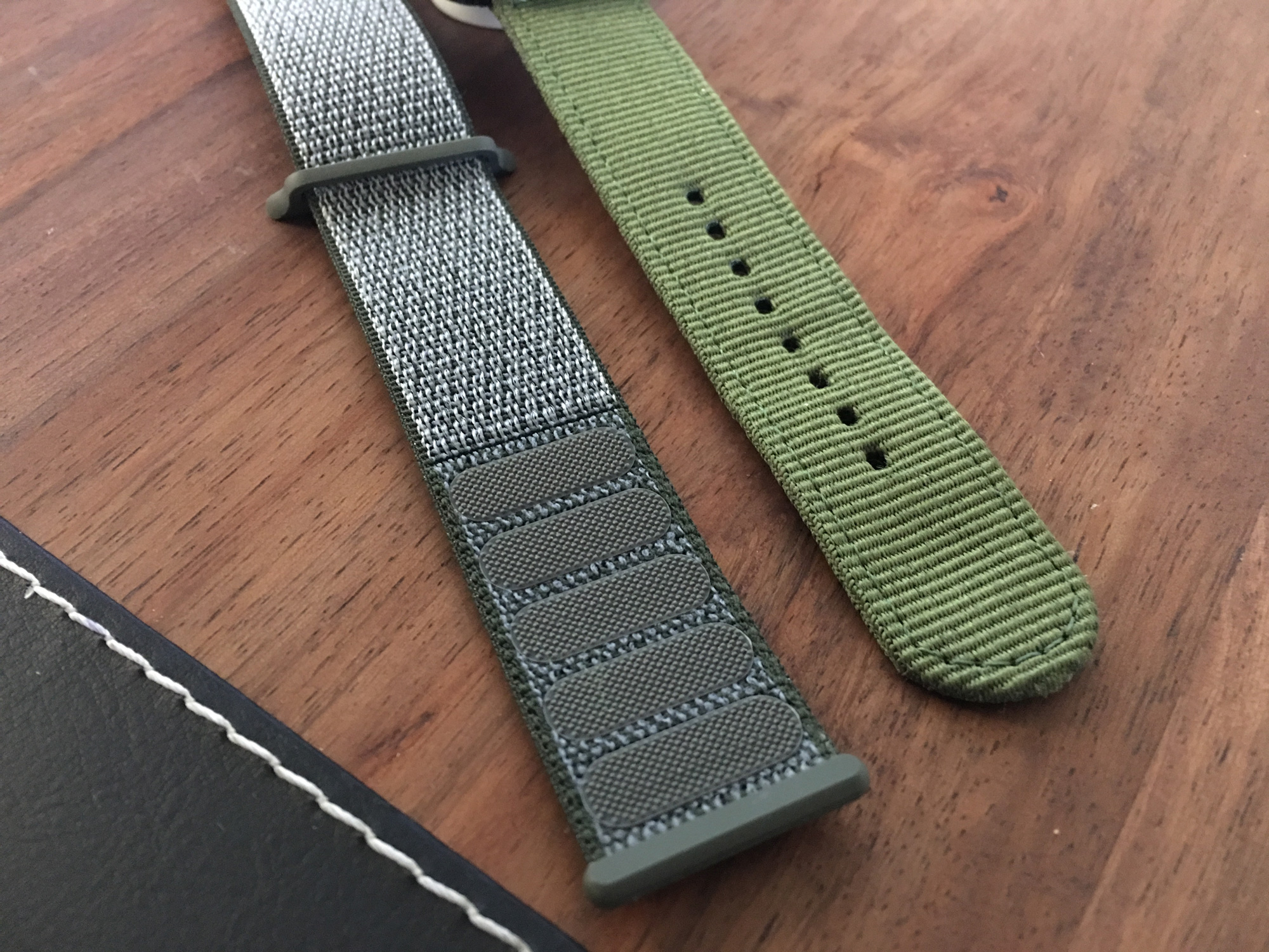 free shipping bc70a 32190 Dark Olive Sport Loop Pictures? | MacRumors Forums