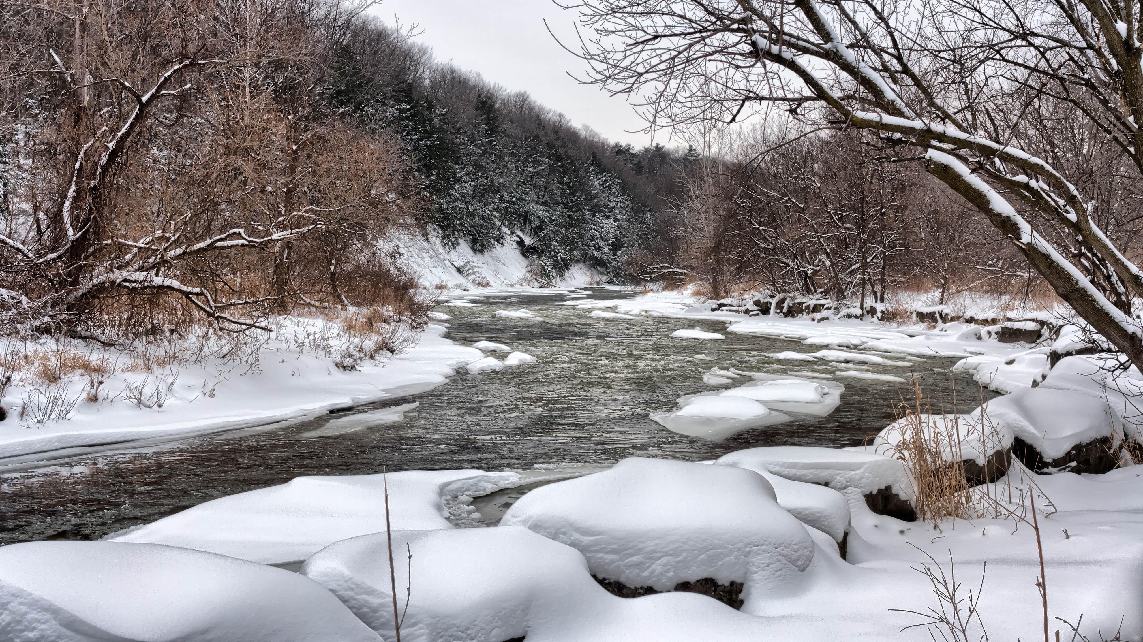 cold-river-snow-149547.jpg