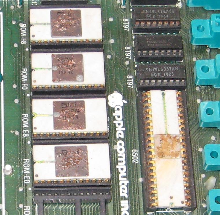 Early Apple II rev 0 motherboard and goodies | MacRumors Forums