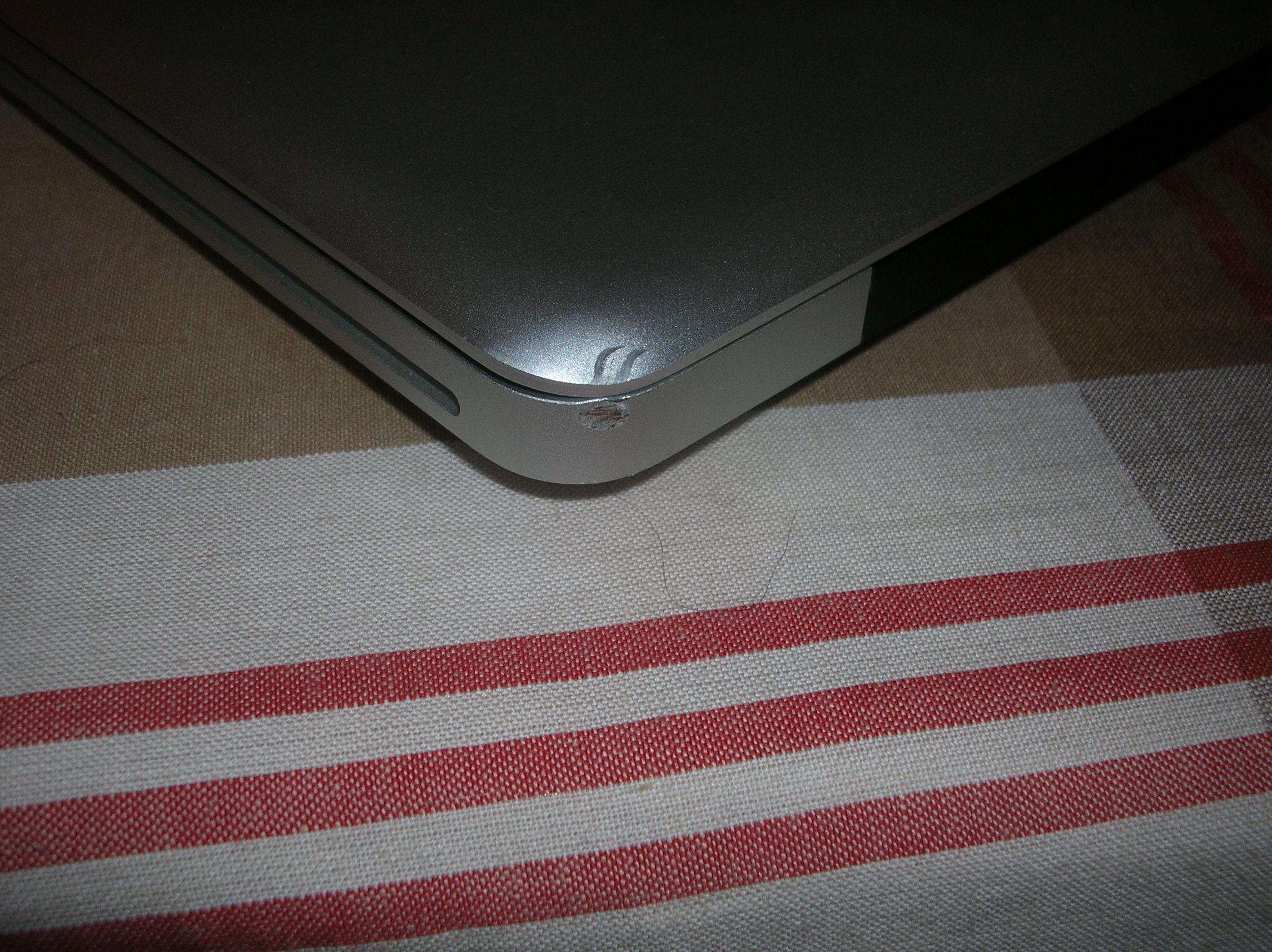 My mom Dropped my MacBook Pro | MacRumors Forums