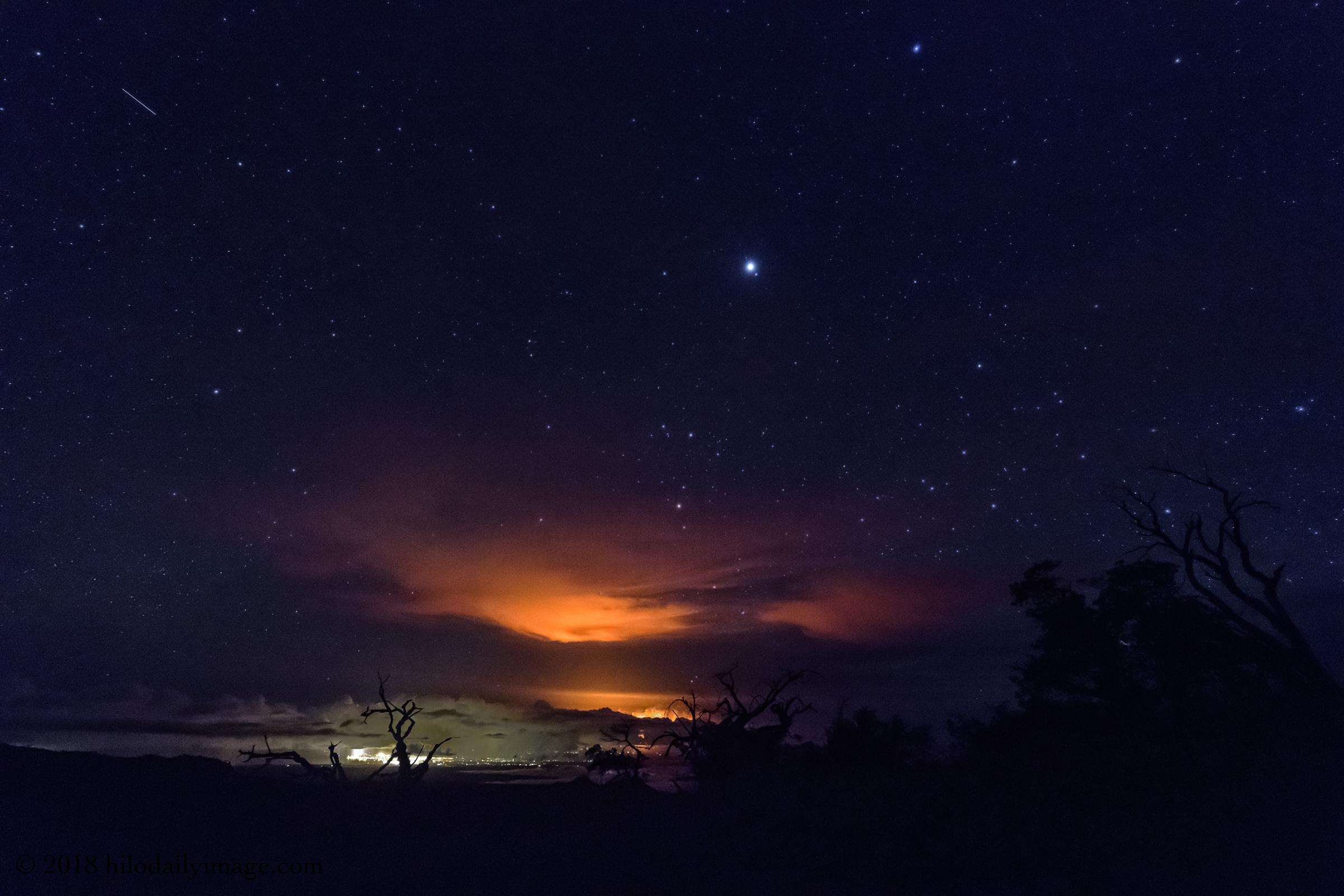 eruption from Kahinahina.jpg