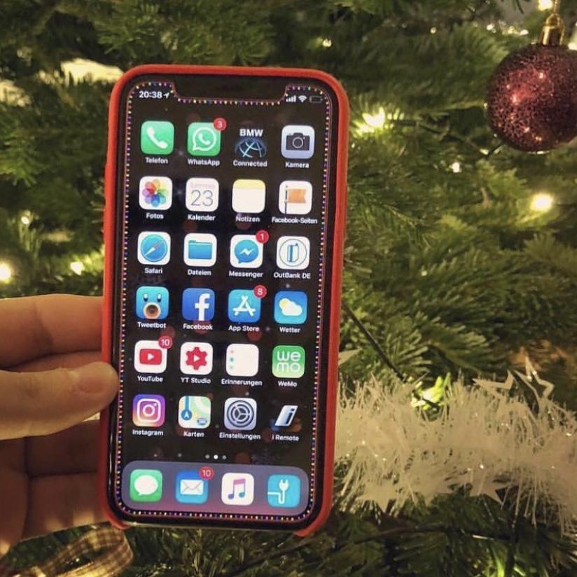 Iphone X Christmas Wallpaper Macrumors Forums