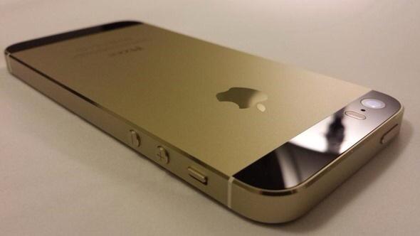 77898e525f7 Gold iPhone 5s With Black Front Assembled Using Genuine Apple Parts ...