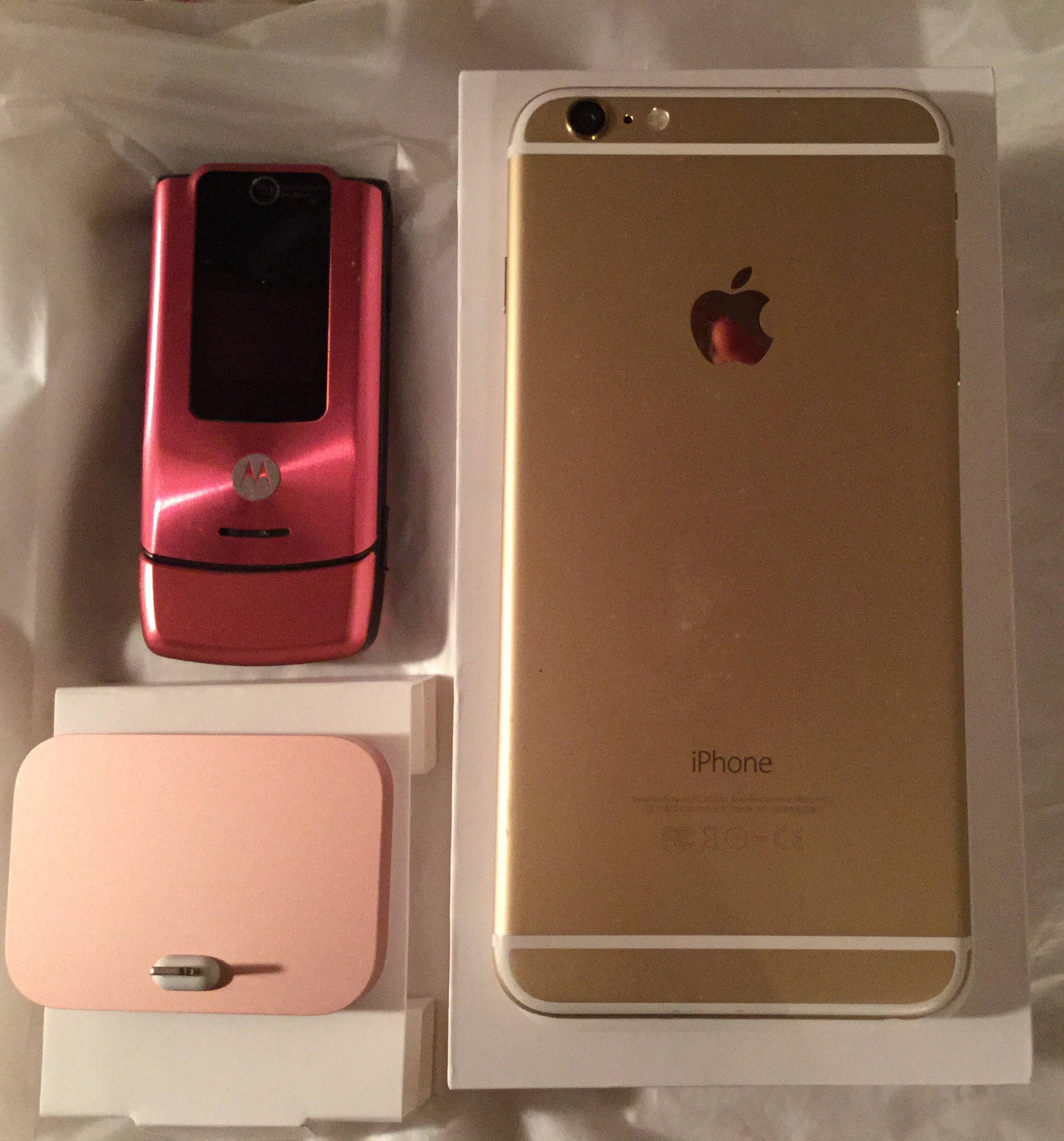 got my rose gold iphone 6s dock and it 39 s definitely pink. Black Bedroom Furniture Sets. Home Design Ideas