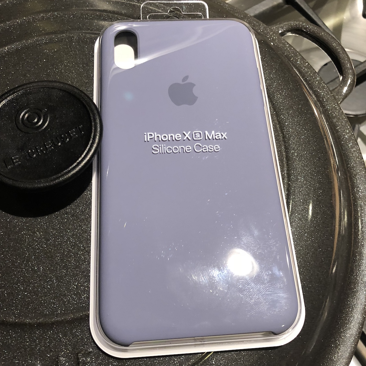 best sneakers 68014 d8fd9 New leather and silicon cases up at Apple for XS and XS max | Page 3 ...