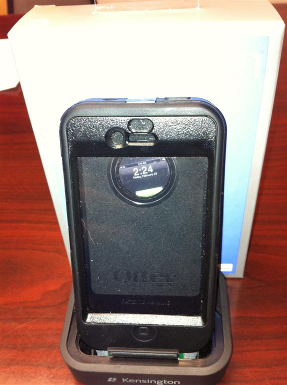 release date: 1f6f4 765c3 iPhone 4 Otterbox Defender Compatible Dock | MacRumors Forums