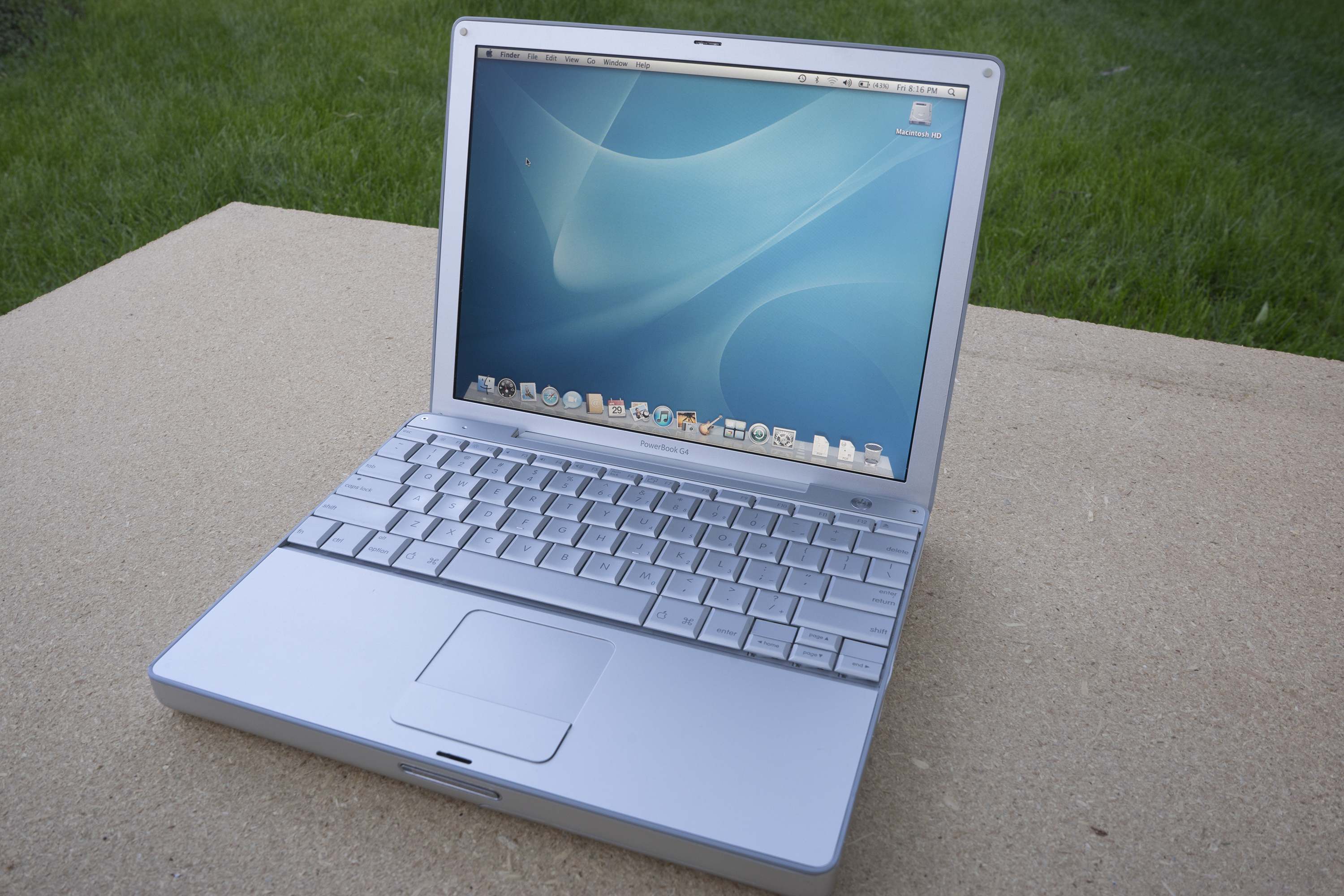 PowerBook G4 12.jpg