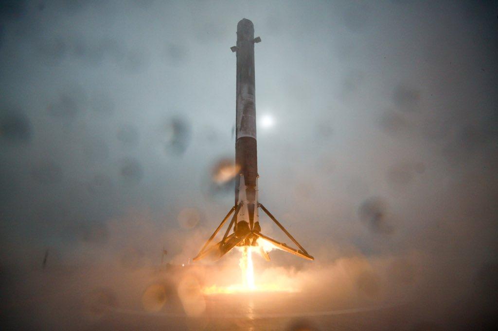 SpaceX_2016-Jan-17.jpg
