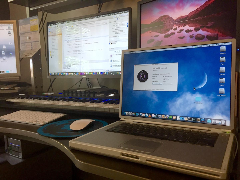 TitaniumBook1GB.jpg