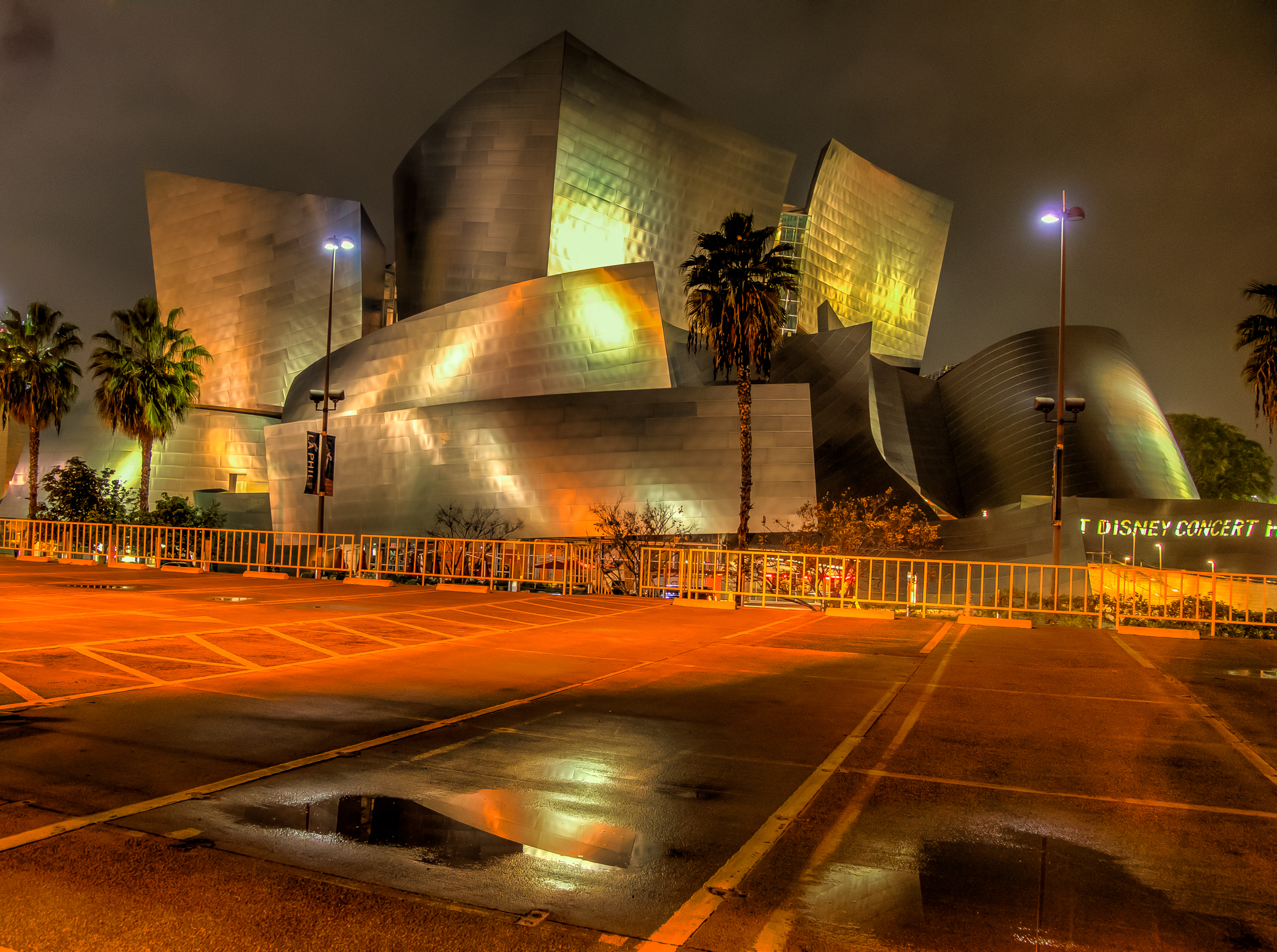 Walt Disney Concert Hall (1 of 1).jpg