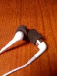 earphones 1.jpg