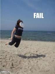 fail-owned-frisbee-catch-fail.jpg