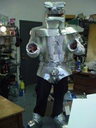 robot-costume.jpg