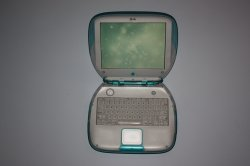 iBook running iTunes visuallizer .JPG