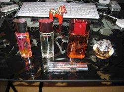 Perfume1a.jpg
