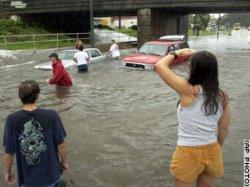 top.isidore.flood.ap.jpg