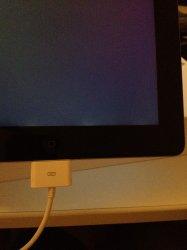 ipad 3 screen bottom edge - light bleed.JPG