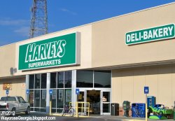 HARVEYS SUPERMARKETS WAYCROSS GEORGIA Plant Ave. Harveys Food Super Market Grocery Store Ware Co.JPG