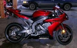 Yamaha R1_4.JPG