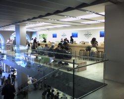 AppleStore4.jpg