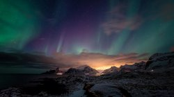 Northern_Lights_In_Canada.jpg