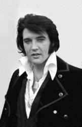 200px-Elvis_Presley_1970.jpg