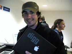 Kevin Rose's Digg etched Macbook.jpg