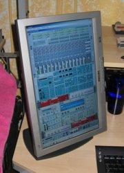 monitor03.jpg